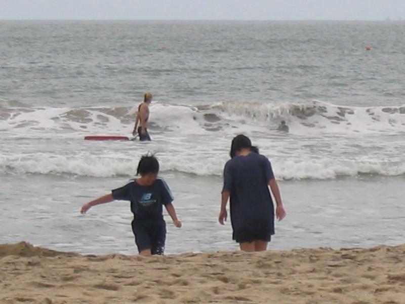 御宿で波と遊ぶ。和田浦で磯遊び。