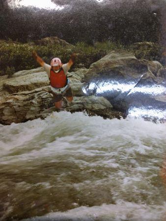 ライフジャケット着用が一番安全に川を楽しめる