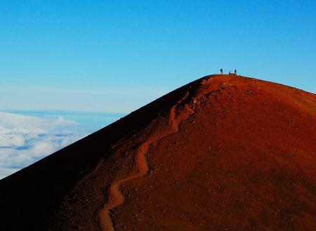山は生きている 御嶽山噴火で30人以上心肺停止