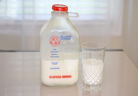 学校給食から牛乳がなくなる件